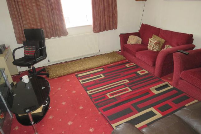 Living Room of Cromwell Road, Ware SG12