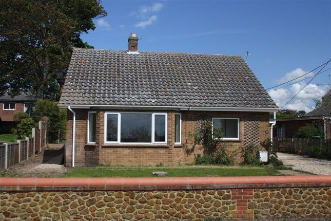 2 bed bungalow to rent in Homefields Road, Hunstanton PE36