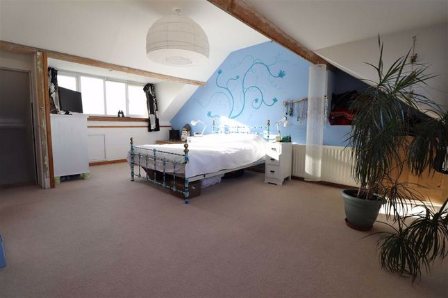 Attic Bedroom of Cambrian Terrace, Borth, Ceredigion SY24