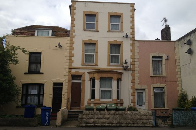 Thumbnail Studio to rent in High Street, Sheerness