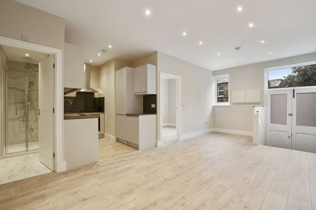 Thumbnail Flat to rent in Fore Street, Edmonton Green