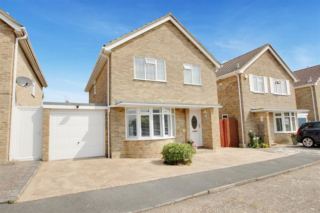 Thumbnail Detached house for sale in Ryecroft Gardens, Goring-By-Sea, Worthing