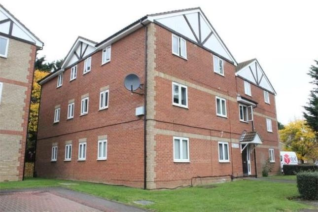 Thumbnail Flat to rent in Maplin Park, Langley