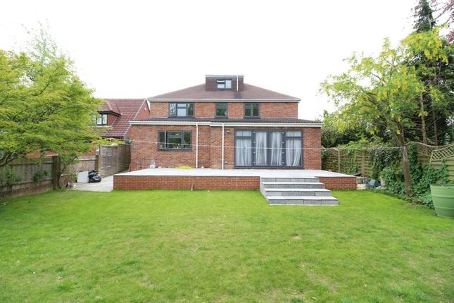 Thumbnail Detached house for sale in Sherborne Avenue, Luton