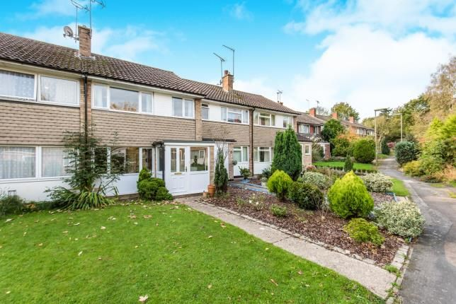 Thumbnail Terraced house for sale in Bagshot, Surrey