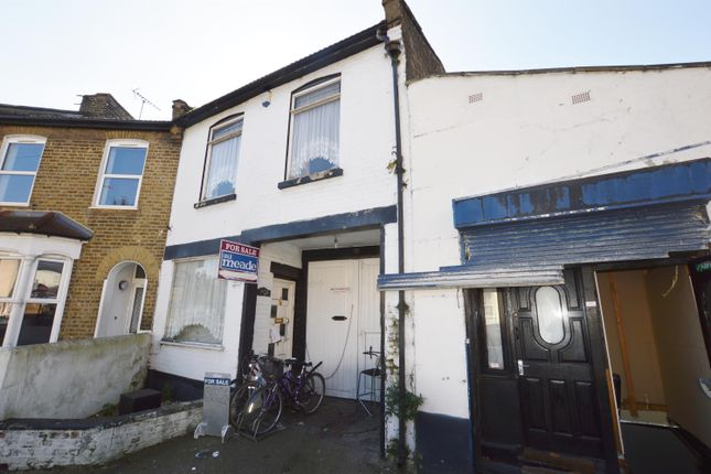 End terrace house for sale in Sussex Street, Plaistow, London