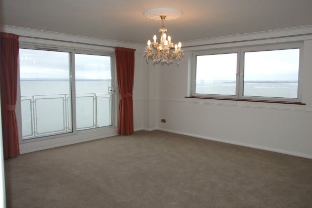 Thumbnail Flat to rent in Tower Court, Westcliff Parade, Westcliff-On-Sea