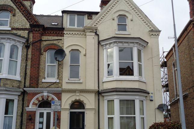 Thumbnail Flat to rent in Victoria Road, Bridlington