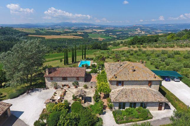 Thumbnail Farmhouse for sale in Todi, Todi, Perugia, Umbria, Italy