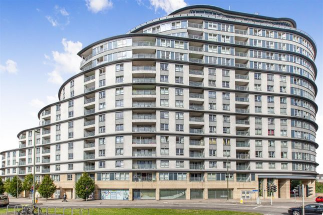 Thumbnail Flat for sale in Centrium, Station Approach, Woking