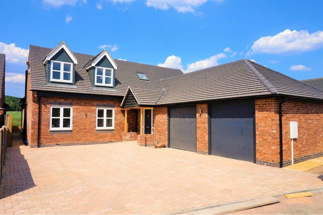 Thumbnail Detached house for sale in Repton Road, Hartshorne