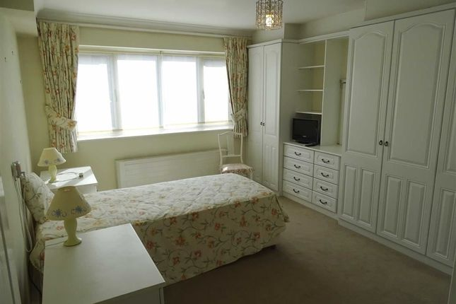 Bedroom 1 of Barfield House, 3 Spath Road, Manchester M20
