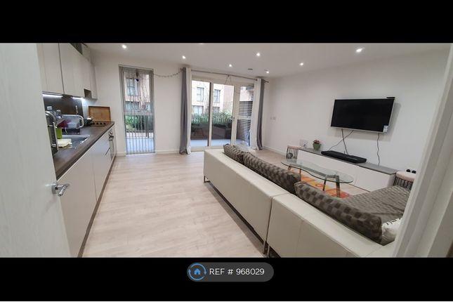 Thumbnail Flat to rent in Moorhen Drive, London