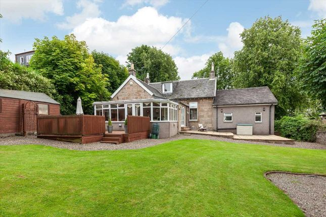 Thumbnail Detached house for sale in Maxwell Drive, Village, East Kilbride