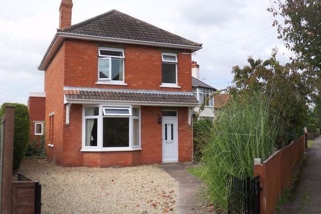 Thumbnail Detached house to rent in Greenway Crescent, Taunton