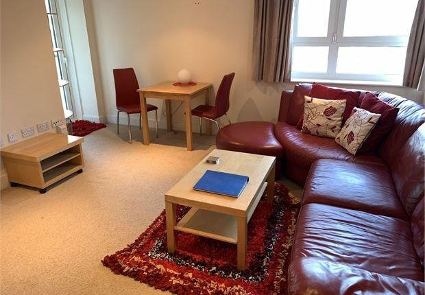 Flat to rent in Altamar Apartments, Kings Road, Swansea