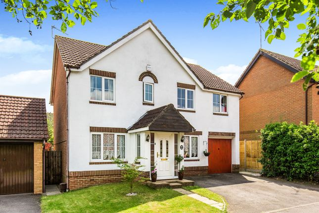 Thumbnail Detached house for sale in Gresley Gardens, Hedge End, Southampton