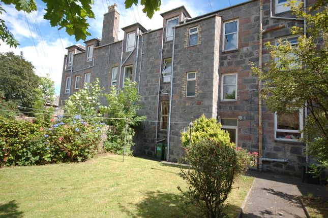Thumbnail Flat to rent in Holburn Street, Flat D, Aberdeen
