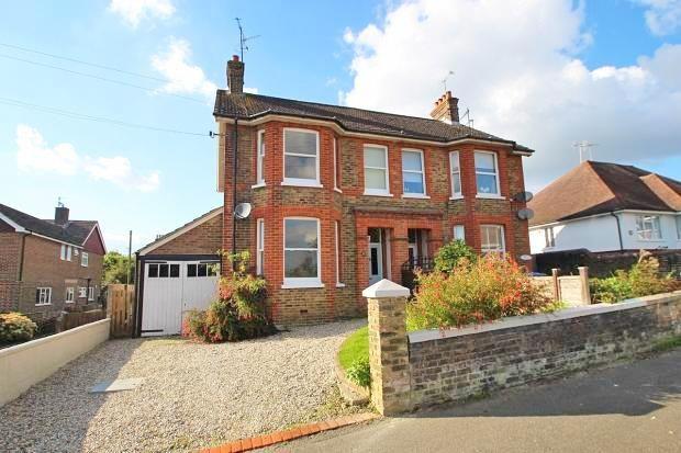 Thumbnail Semi-detached house to rent in Haywards Road, Haywards Heath