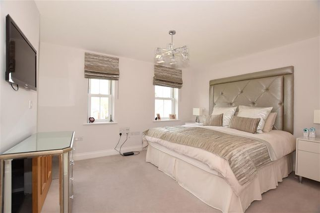 Bedroom 2 of Seymour Chase, Kings Wood Park, Epping, Essex CM16