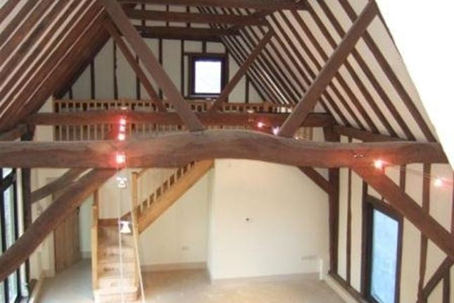 Thumbnail Cottage to rent in High Street, Offord Cluny, St. Neots