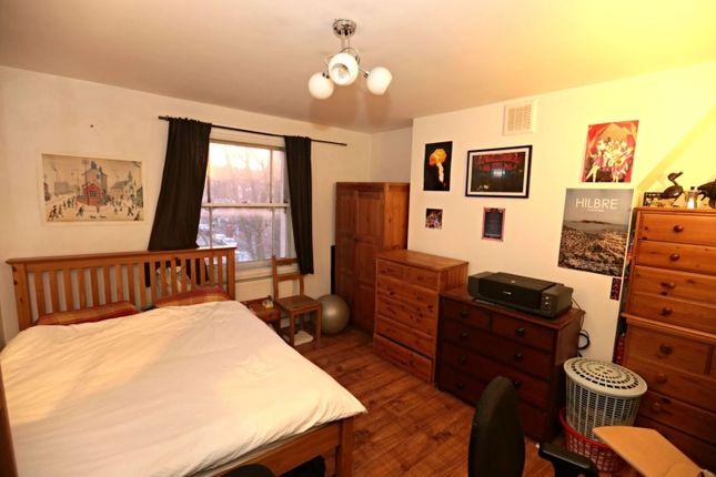 Bedroom of New Cross Road, London SE14