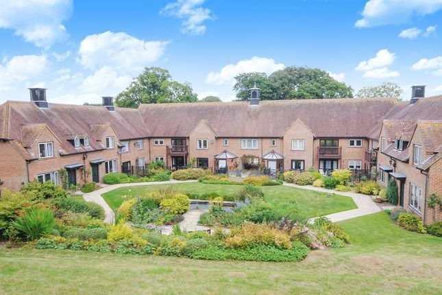 Thumbnail Flat for sale in Hildesley Court, East Ilsley, Newbury