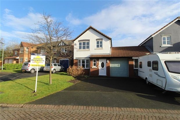 Thumbnail Property to rent in Meadow Vale, Leyland