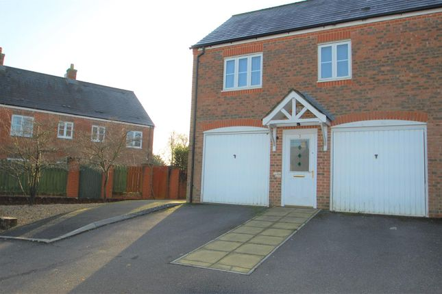 Thumbnail Property to rent in Gammon Close, Petersfield