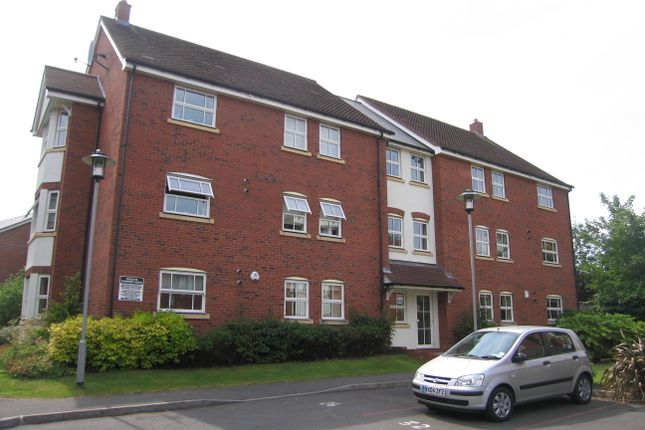 3 bed flat to rent in Fazeley Close, Solihull B91