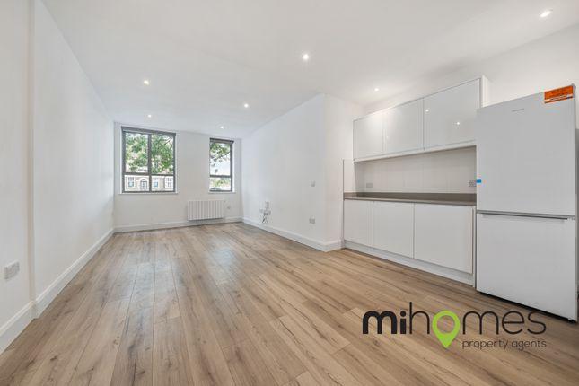 Flat to rent in Westmount Centre, Uxbridge Road, Hayes