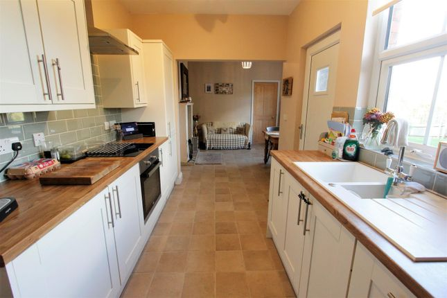 Kitchen (2) of Church Lane, Little Bytham, Grantham NG33