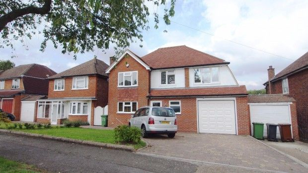Thumbnail Detached house to rent in Cleves Avenue, Ewell