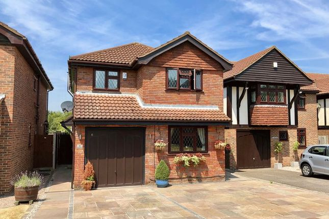 Thumbnail Detached house for sale in Hurlfield, Dartford