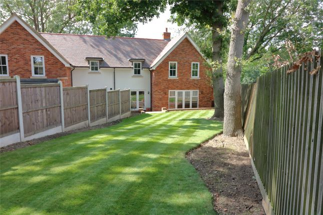 Picture No. 23 of Alexander Lane, Shenfield, Brentwood, Essex CM13