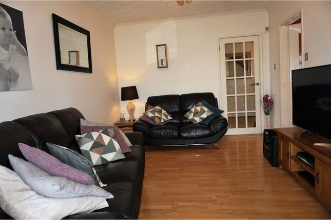 Lounge of Heol Tir Coch, Pontypridd CF38