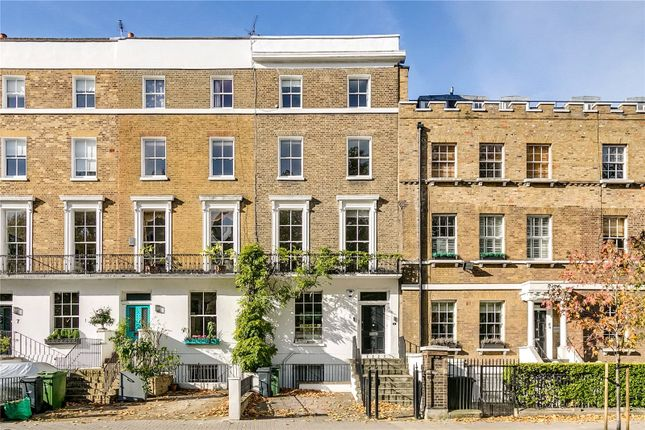 Thumbnail Property to rent in Clapham Common North Side, London