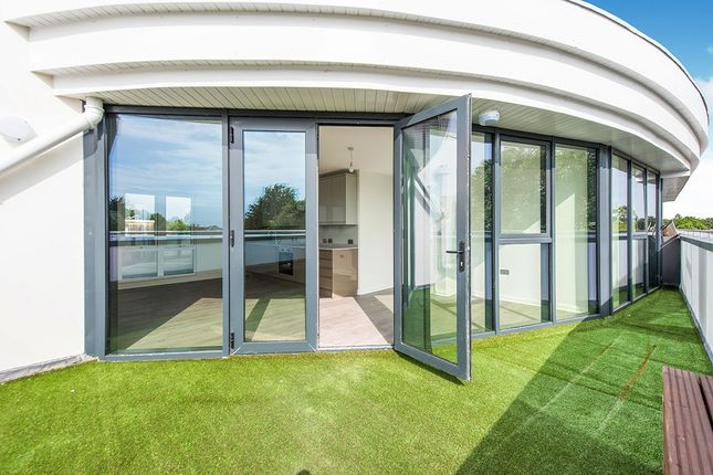 Roof Terrace of King Charles Road, Surbiton, Surrey KT5