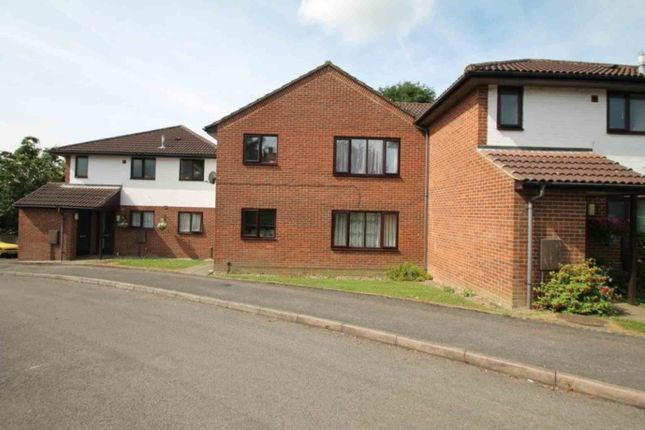 Thumbnail Maisonette to rent in Fairhill, Hemel Hempstead
