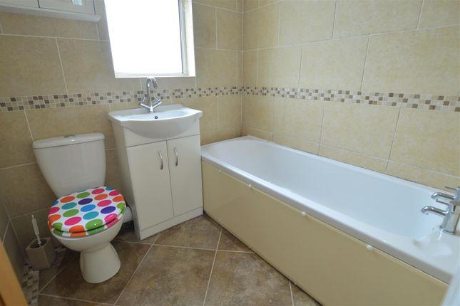 Bathroom of Capel Road, Llanelli SA14