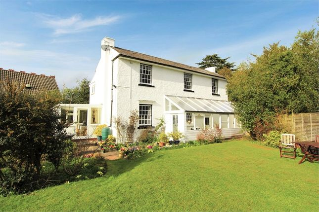 Thumbnail Detached house for sale in Stourbridge Road, Catshill, Bromsgrove, Worcestershire
