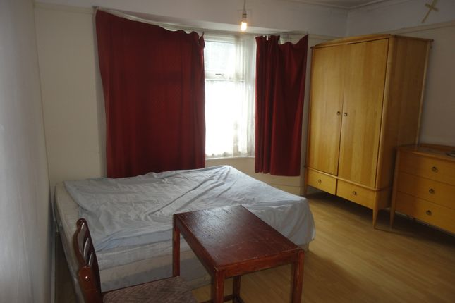 Thumbnail Semi-detached house to rent in Watford Road, Wembley