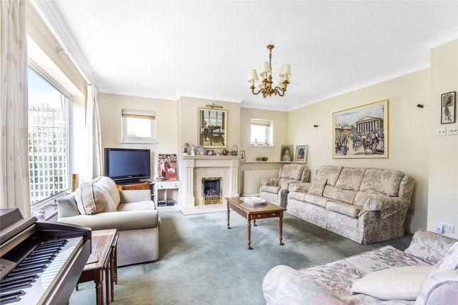 Picture No. 14 of Homewood Crescent, Chislehurst BR7