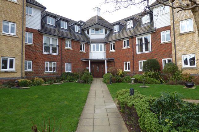 Thumbnail Flat to rent in Hoxton Close, Singleton, Ashford