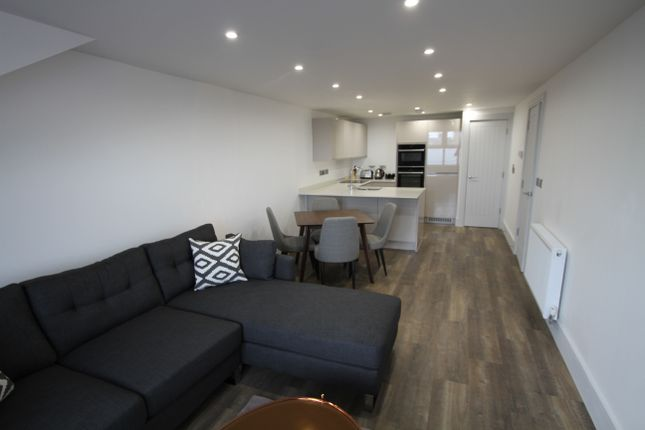 Thumbnail Flat to rent in Volunteer Street, Chester, Cheshire