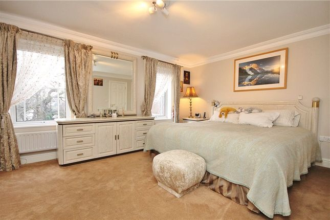 Thumbnail Terraced house for sale in The Downs, London