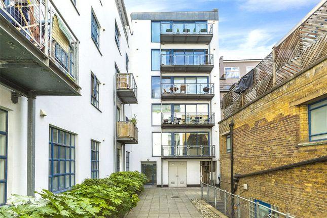 Thumbnail Flat for sale in Masons Yard, Clerkenwell, London