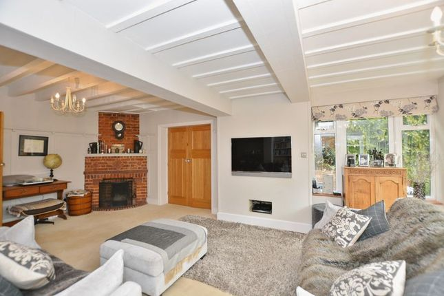 Thumbnail Detached house for sale in Woodside Road, Beaconsfield