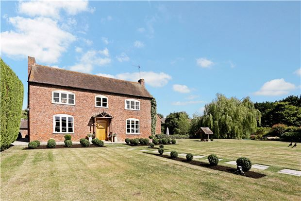 Thumbnail Detached house for sale in Kinsham, Gloucestershire