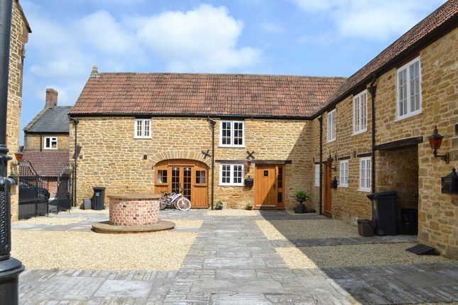 Thumbnail Cottage to rent in Coat Road, Martock, Somerset